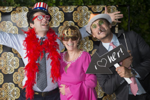 wedding photo booth - group with sunglasses and hats